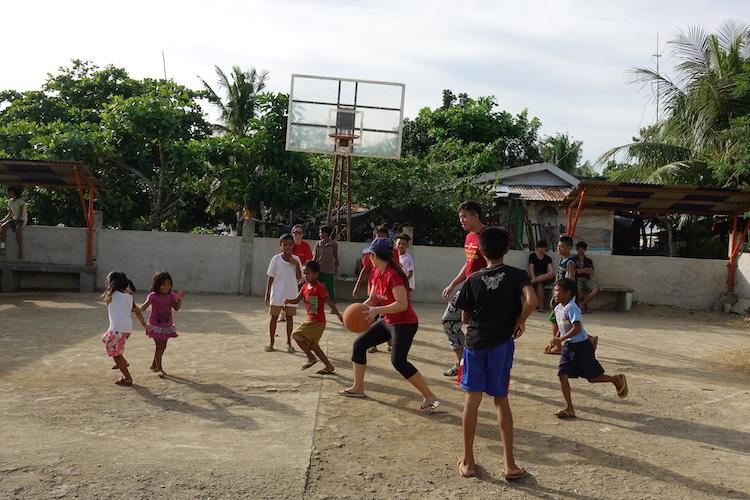 Playing with children in Estancia in Iloilo (Photo credit: Alvin Chio)
